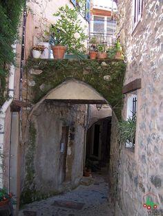 Coaraze.France. Rue Rose Provence, Visit France, Beaux Villages, Vignettes, Paths, Photography, Bella, Beautiful, Memories