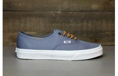 66686641e2 Vans California Authentic