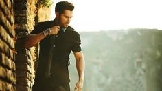 Varun Dhawan Cool New Wallpapers Download available at Hdwallpapersz.net