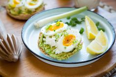 A Protein-Packed Avo
