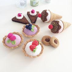 """125 Likes, 6 Comments - Crochet by Alex (@anglarohjartan) on Instagram: """"Snart är denna härliga beställning klar! Och snart är hela högen med beställningar klar! Idag ska…"""""""