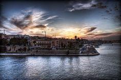 Taranto, Italy. Photo by Paulo Margari.