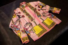 Vintage Versace printed silk shirts are hotter than ever. The colorful and bold Versace staple is being discovered and sought out by a new generation. Vintage Versace Shirts, Vintage Shirts, Versace Pink, Gianni Versace, Versace Mens Shirt, Look Cool, Passion For Fashion, Printed Shirts, Shirt Style