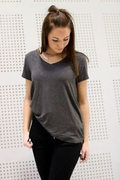 Mbym - Marcel Basic V-neck Dark Grey Basic Tops, Marcel, Dark Grey, V Neck, T Shirts For Women, Fashion, Moda, La Mode, Fasion