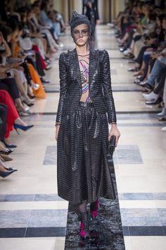 Giorgio Armani   Haute Couture - Autumn 2017   Look 43