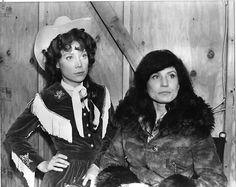 Loretta Lynn on the set of 'Coal Miner's Daughter' with Sissy Spacek