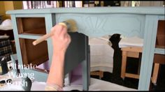 EXCELLENT VIDEO w/multiple techniques on painting with ASCP! Virginia Weathersby paints a Dressing table with Chalk Paint®