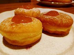Borbás Marcsi szalagos fánkja French Toast, Pudding, Breakfast, Food, Morning Coffee, Puddings, Meals, Yemek, Avocado Pudding