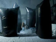 Philippe Quesne, La Melancolie Des Dragons (still), conception mise en scene et scenographie, 2008