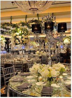 ideas para la decoración de tu boda en plateado. #DecoraciónBoda #BodaPlata. Índigo Bodas y Eventos. www.indigobodasyeventos.com
