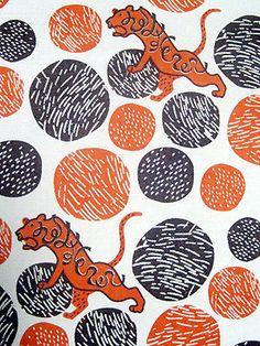 トラ【textile design makumo】