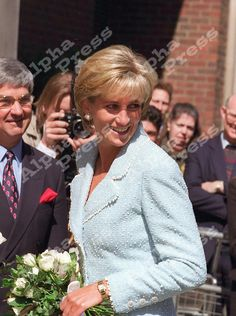 21/4/97 .PRINCESS DIANA HAS NEW ENGLISH ROSE NAMED AFTER HER LONDON BRITISH LUNG FOUNDATION