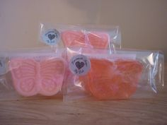 STRAWBERRY CUP CAKE - BUTTERFLY SOAPS. £1.75