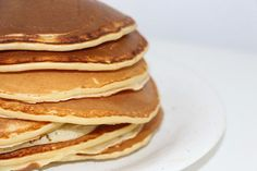 Recette pas à pas de pancake aux flocons d'avoine sans beurre,sans levure, sans matière grasse et sans farine. Recette rapide et simple sans temps de repos!