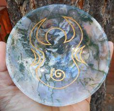 "Moss Agate Spiral Goddess Engraved Hand Carved Gem Stone Bowl Wicca 4.09"" Rare"