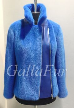 Remake Clothes, Sweater Scarf, Hoodies, Sweatshirts, Fur Coat, Fashion Dresses, Street Style, Womens Fashion, Sweaters