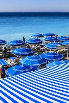 True blue, bright blues, blue beach, blue and white stripe cabana. The French Riviera Beach Aesthetic, Blue Aesthetic, Provence, Love Blue, Blue And White, Nice Ville, Blues, Bleu Indigo, Blue Beach