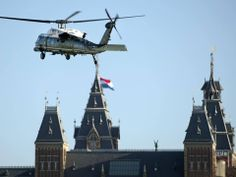 Obama´s helicopter is landing in front of the Rijksmuseum Amsterdam