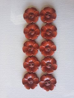 SALE Lot of 10 Flower Buttons  1 Inch Rust  Brown  WAS 4.50