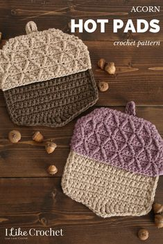 Fall is coming, but the BBQs don't have to stop! I love these acorn hot pads for late summer BBQs. Includes free crochet pattern! #free #crochet #pattern #hotpads #acorn #fall #seasons #bbq #kitchen #cooking