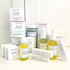such a nice pile up @kalikennedy ✨ #greenbeauty #cleanbeauty #herbivorebotanicals #naturalskincare