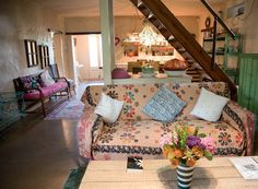 These self-catering cottages are perfect for a Cape Town weekend break. Self Catering Cottages, Weekend Breaks, Porch Swing, Cape Town, Outdoor Furniture, Outdoor Decor, Be Perfect, Rivers, South Africa