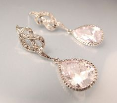 Beautiful earrings for wedding.... So many I love from this shop too many to pick !