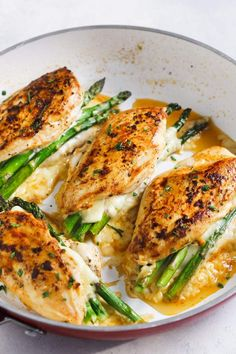 Asparagus Stuffed Chicken Breast (Delicious One-Pan Dinner) This fast, easy, and baked Asparagus Stuffed Chicken Breast recipe is a perfect meal for your healthy weeknight meals and requires only 4 major ingredients. It's also low carb and Keto. Chicken Breast Recipes Dinners, Healthy Chicken Recipes, Healthy Food, Baked Asparagus, Asparagus Recipe, Asparagus Stuffed Chicken, Baked Chicken, Healthy Stuffed Chicken, Cracker Chicken