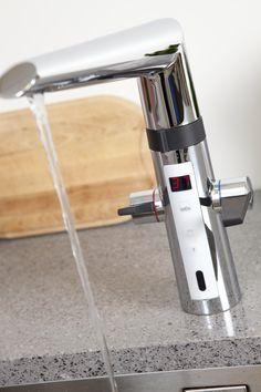 Oras Optima kjøkkenkran med berøringsfri funksjon
