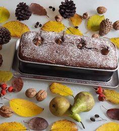 Meyveli kekleri mevsimine göre yapmak lazım, Tamda armut mevsimindeyken kakaolu cevizli kek yaptım klasik keklerin dışında farklı kekler yapmayı seviyo..