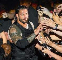Roman Reigns Wrestling, Wwe Roman Reigns, Roman Reigns Shirtless, Beautiful Joe, Roman Regins, Thing 1, Royal Rumble, Backstreet Boys, Seth Rollins