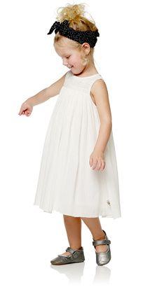 Emerald Lt kjole, Off White - POMPdeLUX Girly Stuff, Girly Things, Girls Dresses, Flower Girl Dresses, Kind Mode, Off White, Kids Fashion, Wedding Dresses, Flower Girl Gown