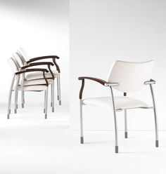 Molti #Gunlocke  #Chair #office #interiordesign #furniture #OfficeDesign  www.benharoffice.com/