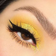 Make up ColourPop Dropped An Affordable All-Yellow Collection Just For The Summer Eye Makeup affordable AllYellow collection ColourPop Dropped Summer yellow Eye Makeup Makeup Eye Looks, Eye Makeup Art, Cute Makeup, Eyeshadow Looks, Eyeshadow Makeup, Awesome Makeup, Glitter Makeup, Hair Makeup, Crazy Eyeshadow