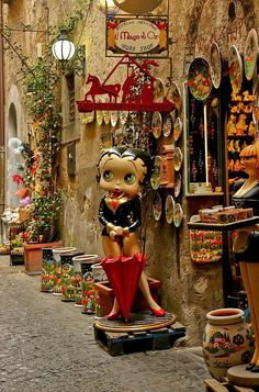 """"""" Betty Boop standing about a shop on street in Orvieto, Italy """" Betty Boop, Cinque Terre, Wonderful Places, Beautiful Places, Places To Travel, Places To Go, Turin, Italy Travel, Beautiful World"""
