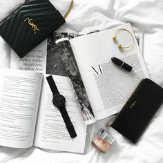 #flatlay #onthebed