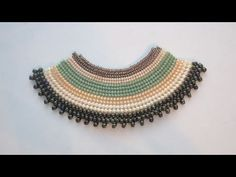 Flat Herringbone Stitch made with several sizes of beads   New Beadworks  http://www.sararmoniasara.com .____. http://www.beadsfriends.com  Facebook ------°°°° http://www.facebook.com/BeadsFriends  To contact me, send an email to sara@beadsfriends.com