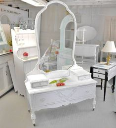 white chabby chic furniture, vanity table | Vanity shabby chic furniture bedroom mirror vanity by backporchco, $ ...