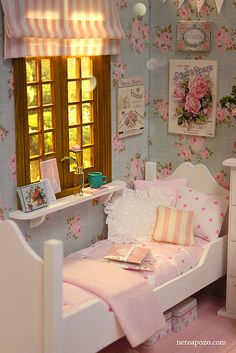 Sweet Roses Bedroom! | Flickr - Photo Sharing! Would love to do something like this in our study!