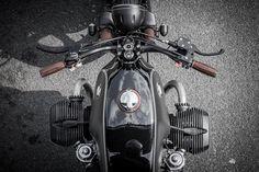 8negro: BMW R1:: Sinroja Motorcycles.