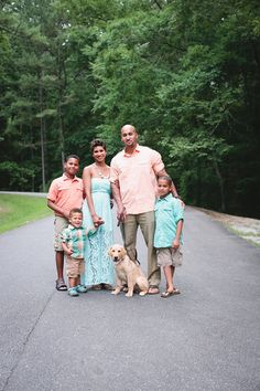 Great color combo for spring & summer!    Acosta Family   5 + Pup From http://blog.elledanielle.com/2013/07/18/acosta-family-5-pup/