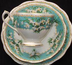 what a pretty cup and saucer