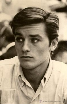 Alain Delon - most beautiful man on film Old Hollywood Actresses, Actors & Actresses, Melodie En Sous Sol, Gorgeous Men, Beautiful People, Anthony Delon, Anouchka Delon, Isabelle Adjani, Romy Schneider