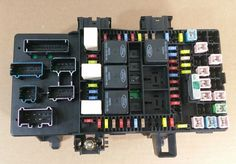 04-06 Ford F150 5.4L FX4 UNDER DASH FUSE RELAY BOX OEM 4L3T-14A067-BH (5036) #OEM