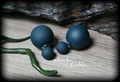 marineblaue Doppel Perlen Ohrstecker