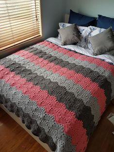 crochet for beginners Kid Baby Crochet Blanket Crochet Baby Blanket Beginner, Crochet Baby Blanket Free Pattern, Afghan Crochet Patterns, Crochet Blankets, Chevron Blanket, Simple Crochet Blanket, Crochet Ripple Blanket, Dishcloth Crochet, Beginner Crochet