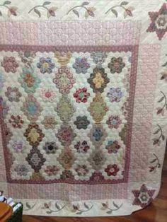 Karen Cunningham:Birds and Blooms | Quilting - Hexagons & EPP ... : karen cunningham quilts - Adamdwight.com