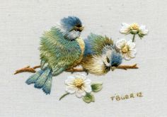 Trisha Burr - book: Colour Confidence in  Embroidery *~♥*Jo*♥~*