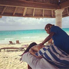 Relax in paradise at Resorts World Bimini.
