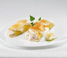 Rollitos de Tortilla rellenos de Filetes de Merluza y Gambas Crepes, Mille Crepe, Bechamel, Omelette, Tortillas, Love Food, Quiche, Pancakes, Eggs
